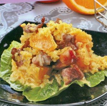 Салат из говядины с рисом по-японски