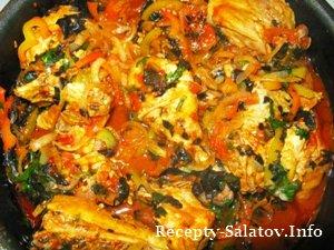 Курица с перцем и помидорами