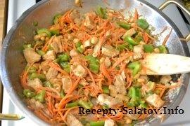 Китайское блюдо Кунг-Пао  из курицы с маринадом