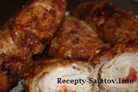 Вкусные куриные рулетики с начинкой из ветчины и сыра