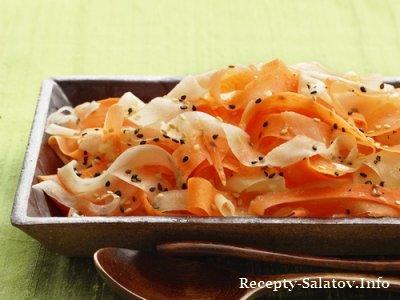 Овощной салат с морковью и редькой дайкон
