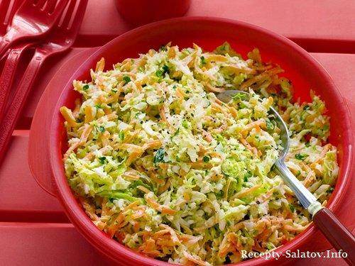Салат из капусты перца лука