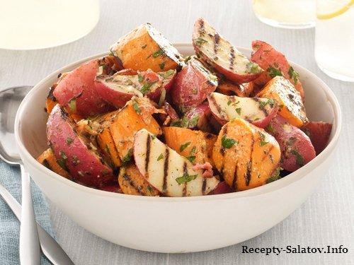 Образец подачи блюда - Картофельный гриль-салат с беконом и зеленым луком