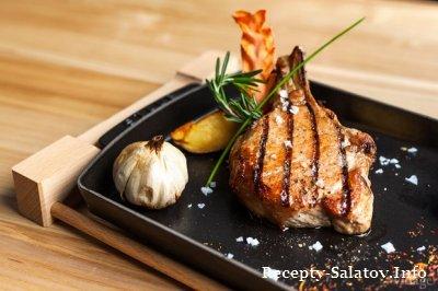 Нежная сочная свинина под грушевым соусом