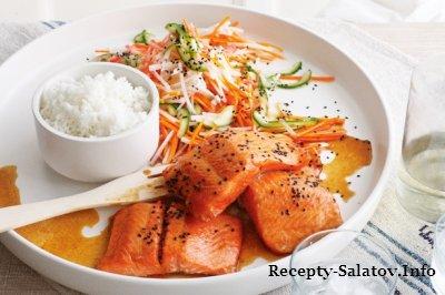 Нежное филе лосося запеченного в духовке с овощями