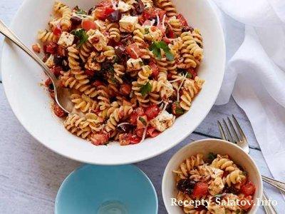 Салат из макарон и вяленых помидоров черные оливки и сыр фета