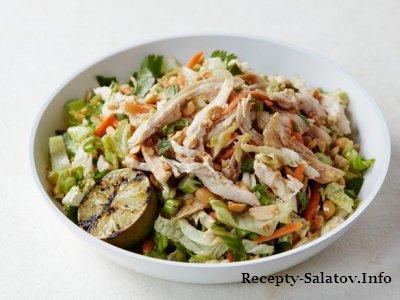 Куриный салат по-азиатски с медовой заправкой