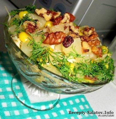 Салат «Новогодний» из куриного филе