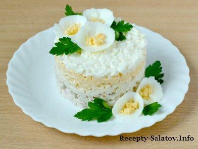 Салат из отваренной куриной грудки  «Облачко»