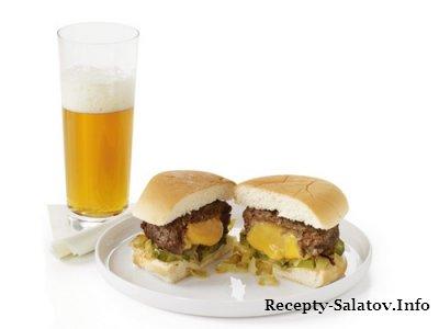 """Американский Чизбургер с плавленым сыром """"Джуйси Люси"""""""