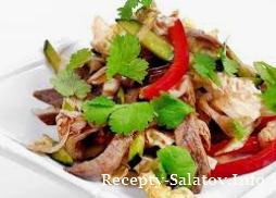 Салат с говядиной и запеченными овощами
