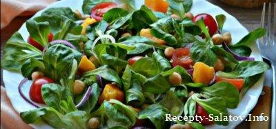 Весенний листовой салат с нутом